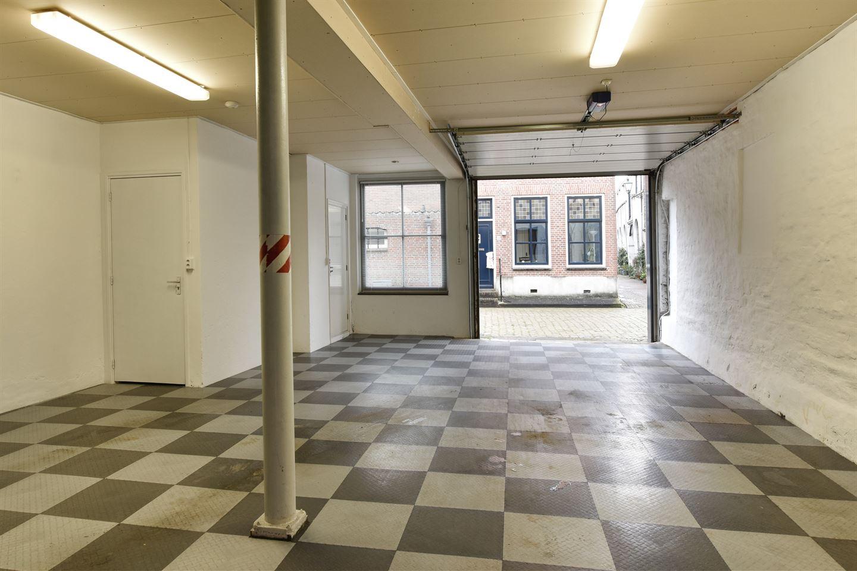 Bekijk foto 2 van Ruiterstraat 31