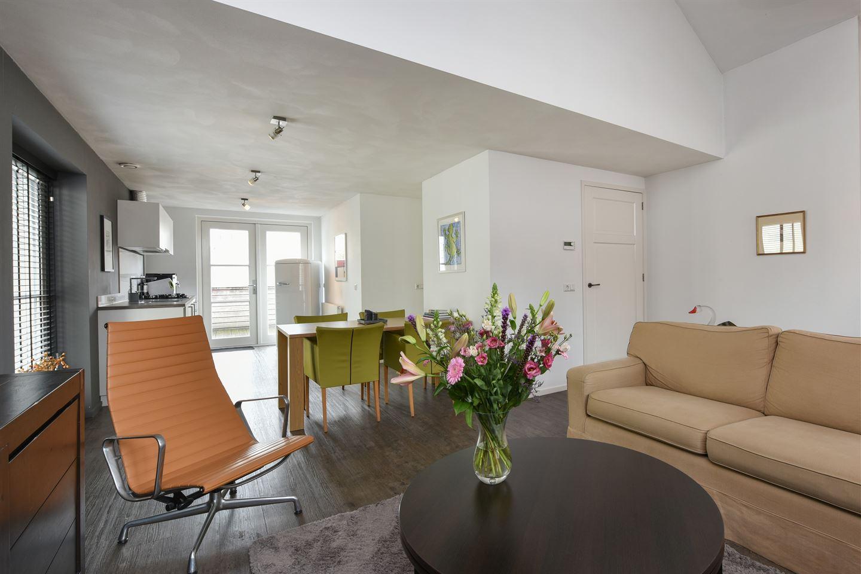 Bekijk foto 3 van Ruiterstraat 31