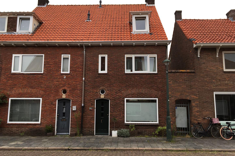 Bekijk foto 1 van Esdoornstraat 8