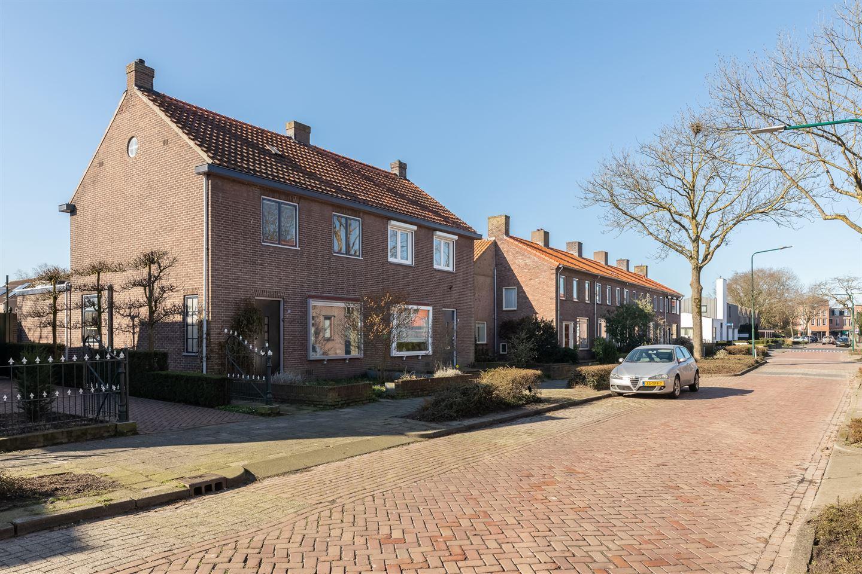 Bekijk foto 2 van Marijkestraat 28