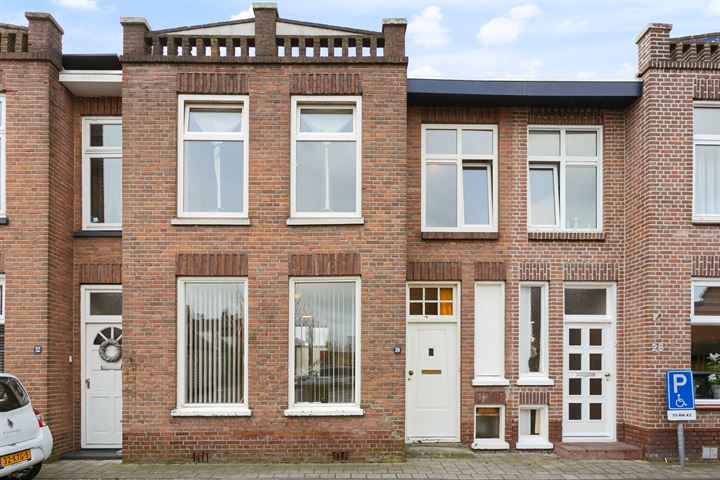 Oranjestraat 30