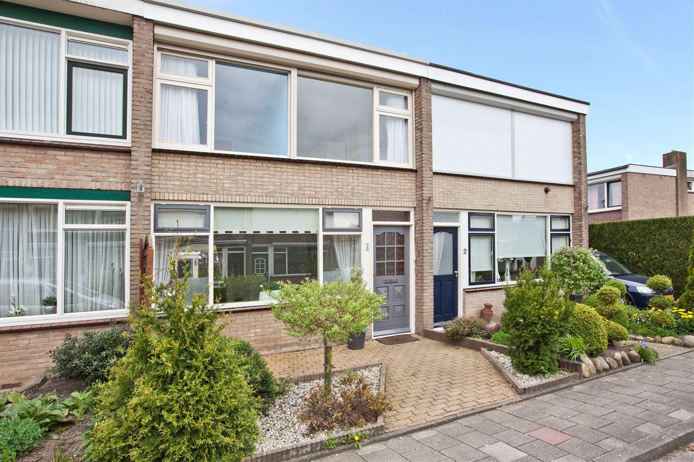 Bekijk foto 2 van Willem Kloosstraat 4
