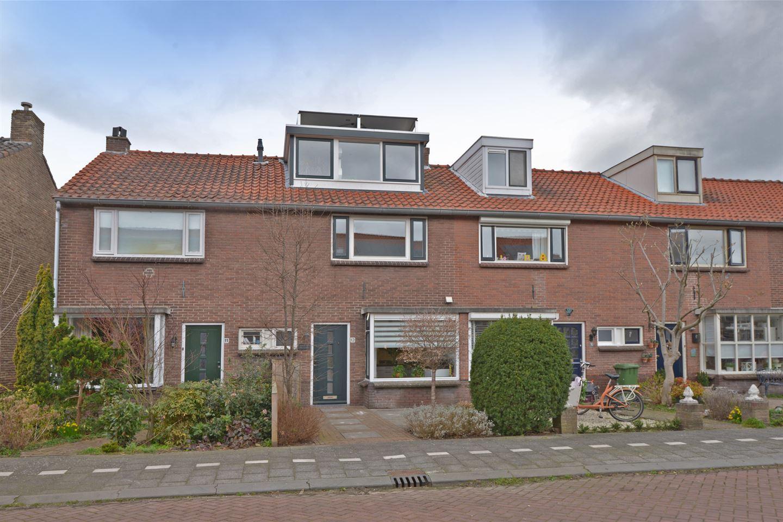 View photo 1 of Vermeerstraat 13