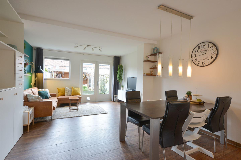 View photo 3 of Vermeerstraat 13