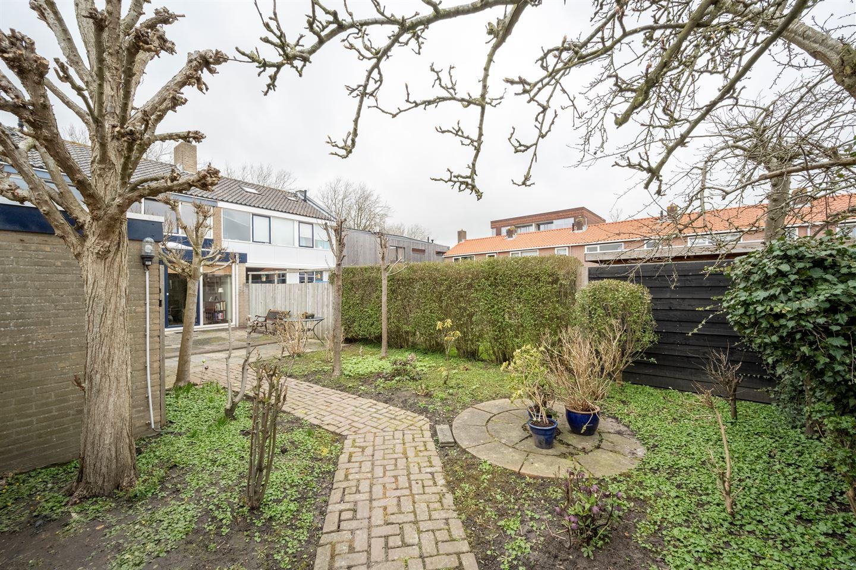 View photo 3 of Oranjestraat 34