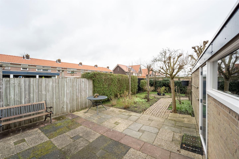 View photo 4 of Oranjestraat 34