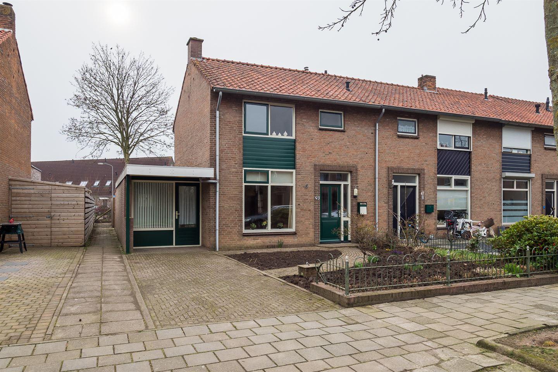 Bekijk foto 1 van Prinses Beatrixweg 49