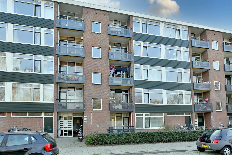 Bekijk foto 1 van Wielingenstraat 65