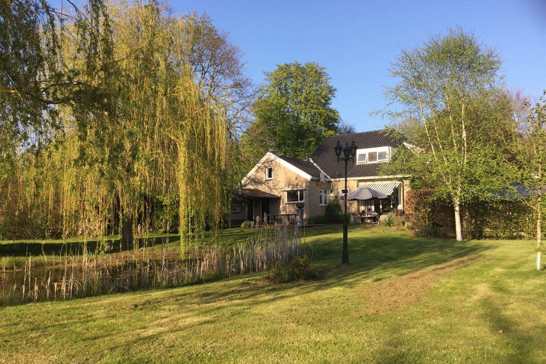 Bekijk foto 2 van C.G.Wiegersweg 18