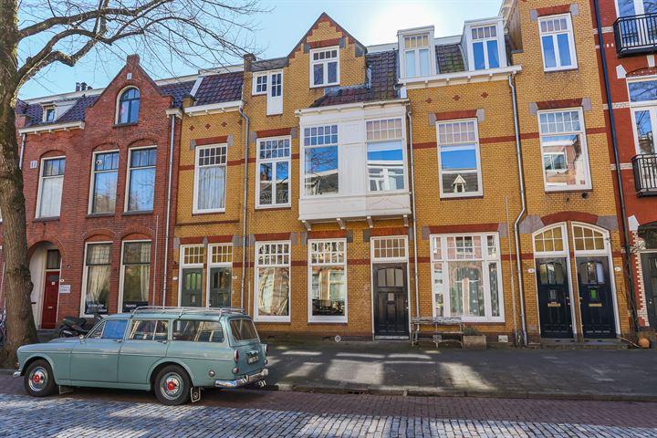 H.W. Mesdagstraat 6