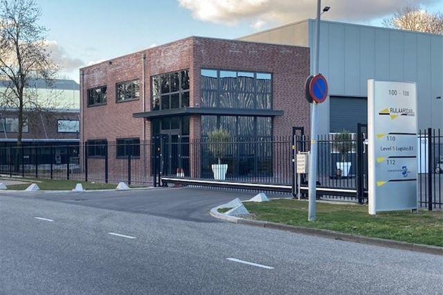 Bekijk foto 2 van Joh. Enschedeweg 100