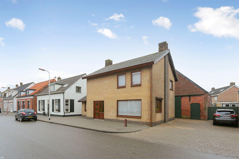 Bekijk foto 1 van Herelsestraat 126