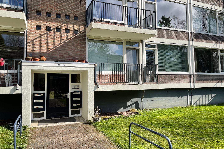 Bekijk foto 2 van Hugo de Vriesweg 25