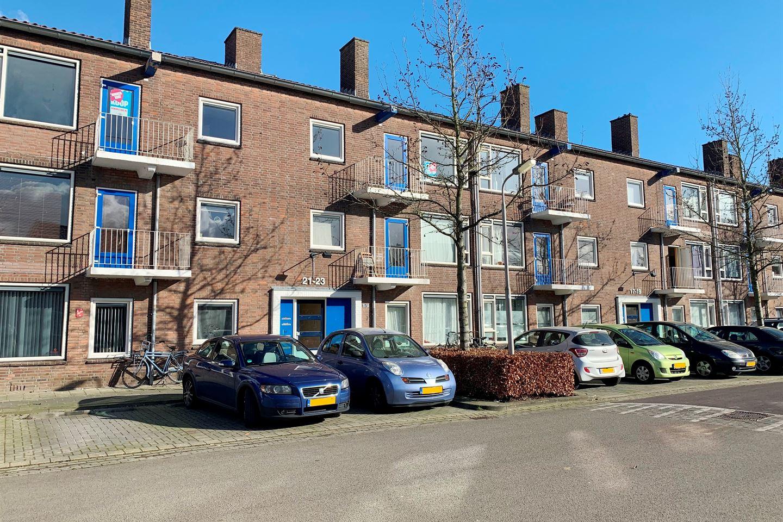 Bekijk foto 1 van Van Almondestraat 21 -C