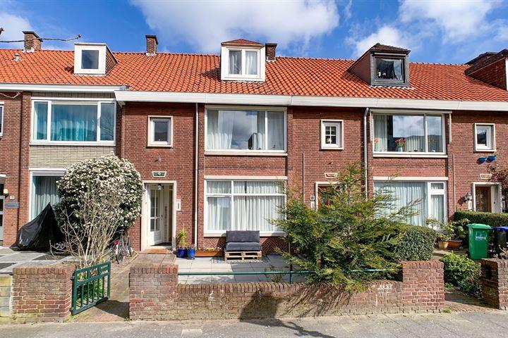 Amalia van Solmsstraat 122