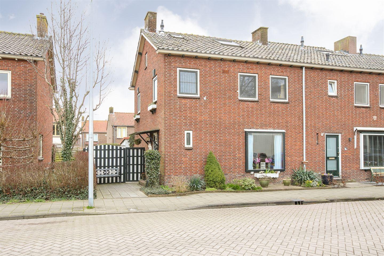 Bekijk foto 1 van 's-Heerenbergstraat 57