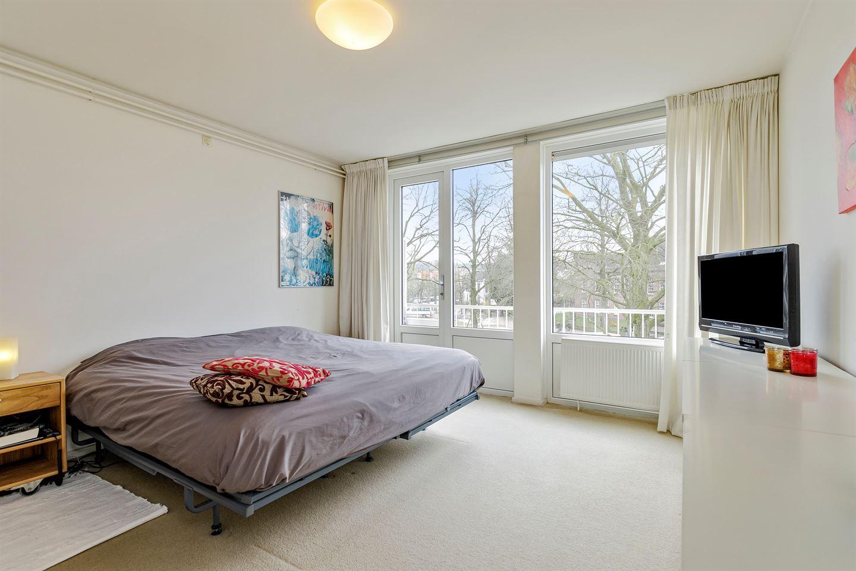 View photo 4 of Van 't Santstraat 163