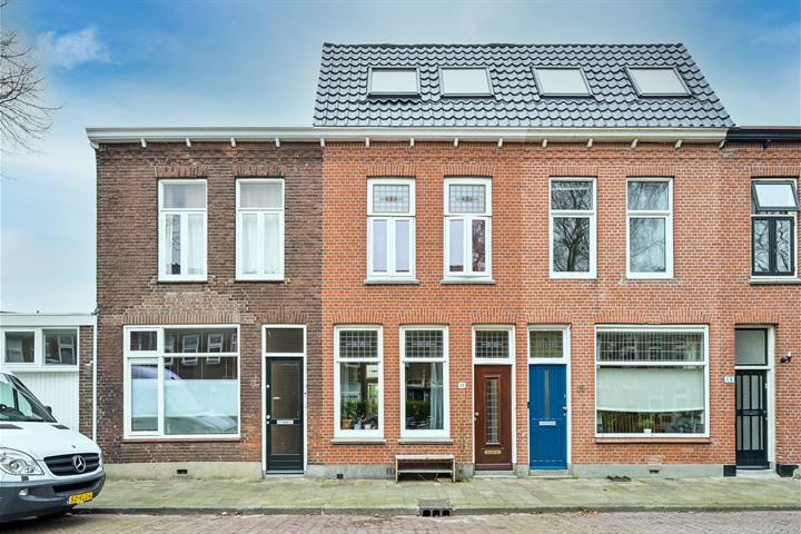 Willem Hedastraat 17