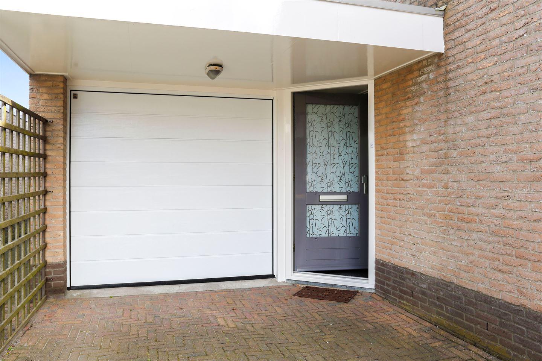 Bekijk foto 2 van Folkert Poststraat 31