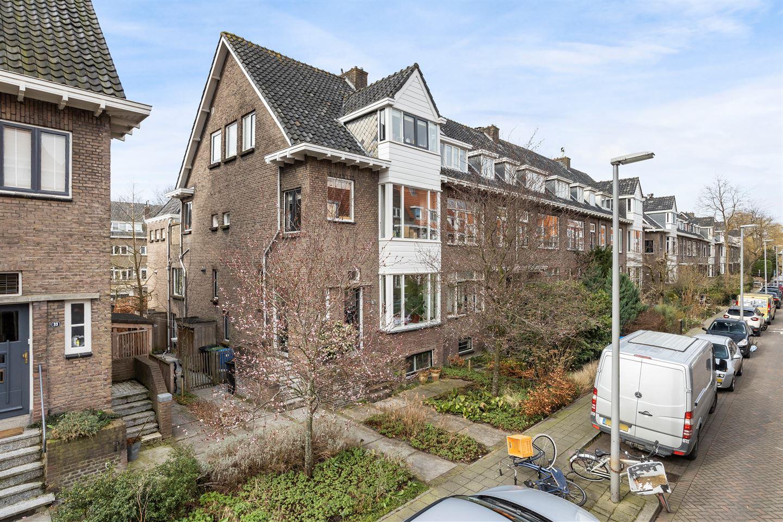 Bekijk foto 2 van Kerstant van den Bergelaan 35 B