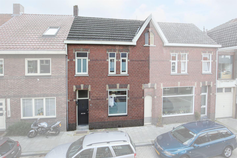 Bekijk foto 1 van Schenck van Nijdeggenstraat 19