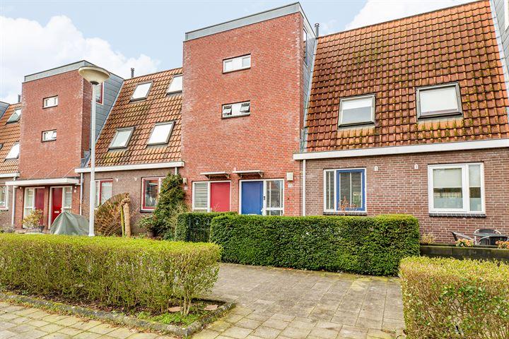 Oranjestraat 15