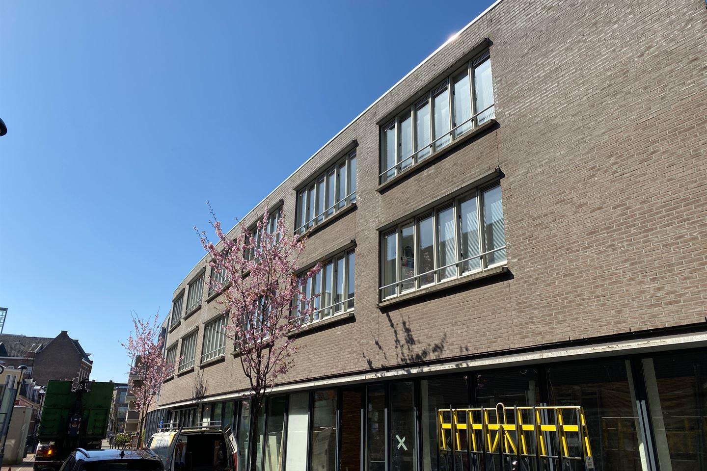Bekijk foto 1 van Bussumerstraat 32 B