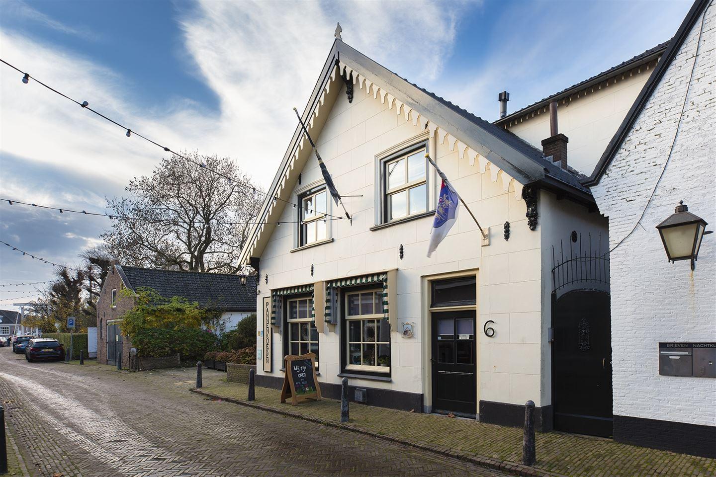 View photo 2 of Breedstraat 8