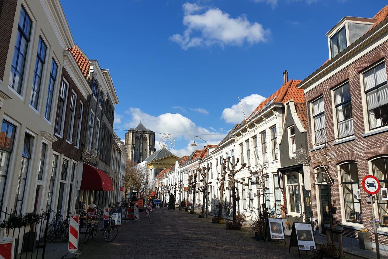 Bekijk foto 2 van Poststraat 19 *