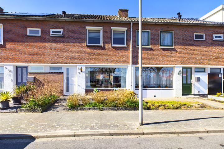 P. van Schravendijkstraat 6