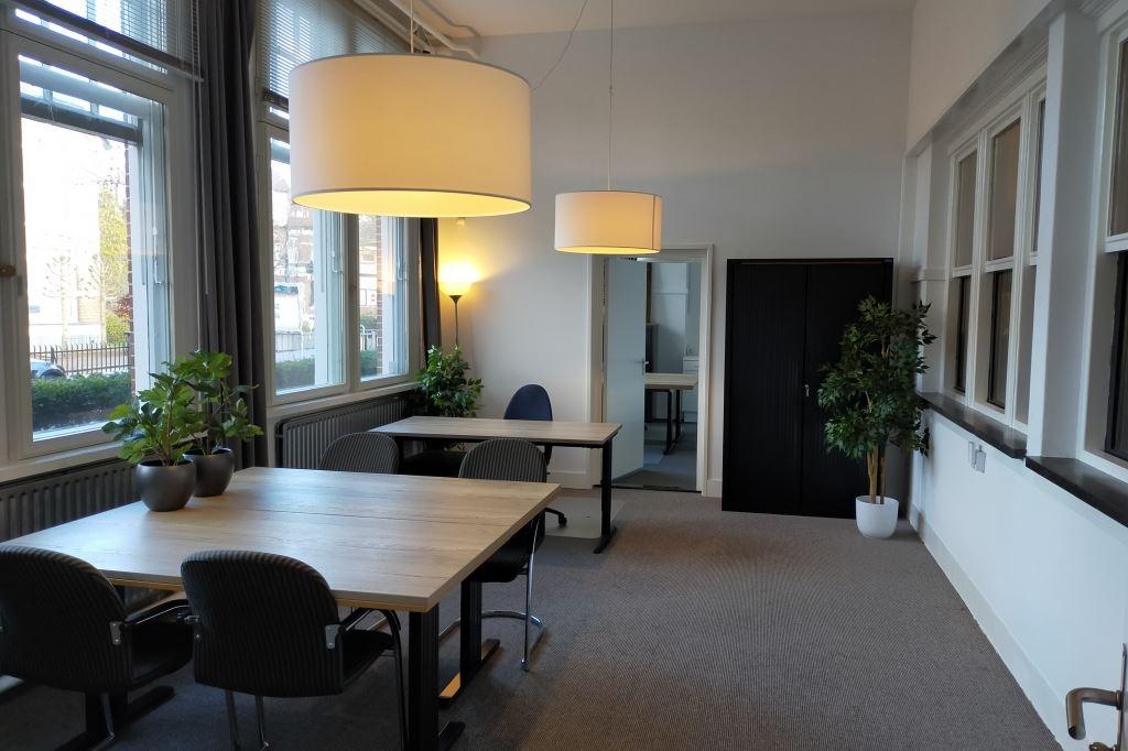 Bekijk foto 5 van Prof. Röntgenstraat 8