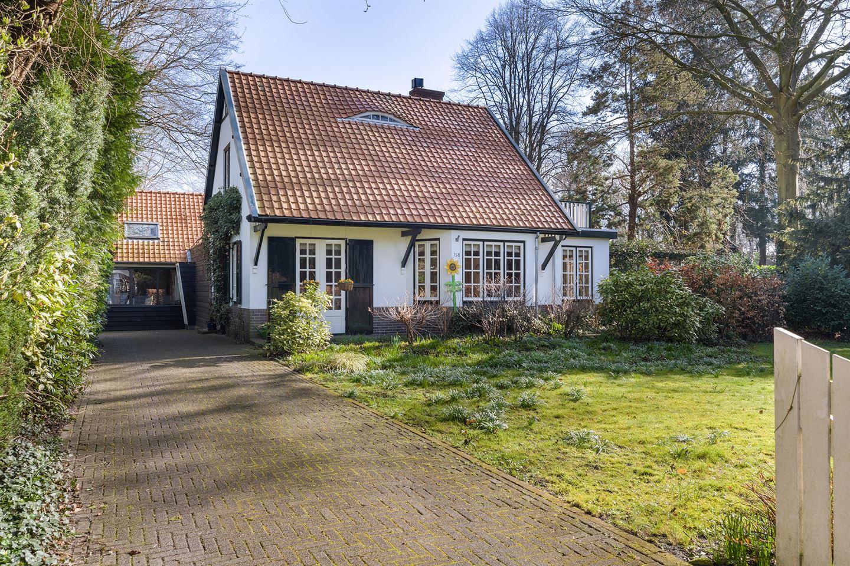Bekijk foto 3 van F.A. Molijnlaan 158