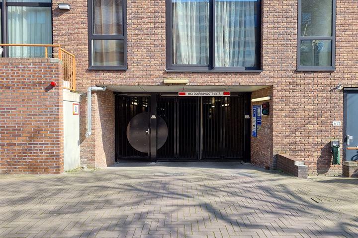Erich Salomonstraat
