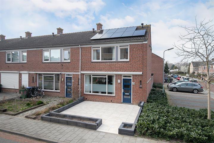 Michiel de Ruyterstraat 37