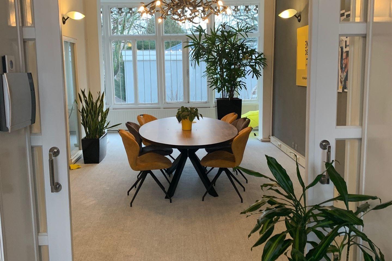 Bekijk foto 2 van Nassauplein 20
