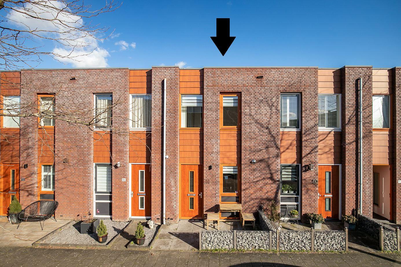 Bekijk foto 1 van Opper Van Treurenstraat 48