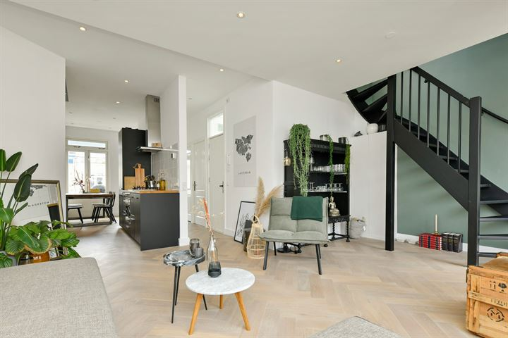 Orteliusstraat 156 III/IV