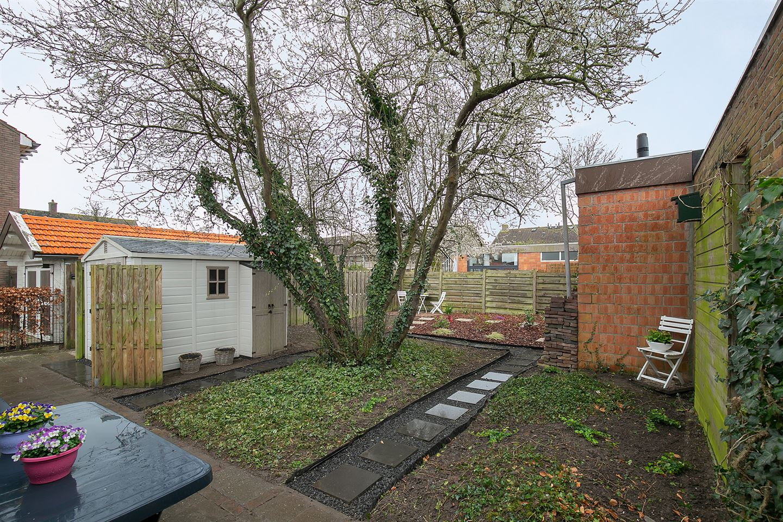 View photo 2 of Veerweg 61