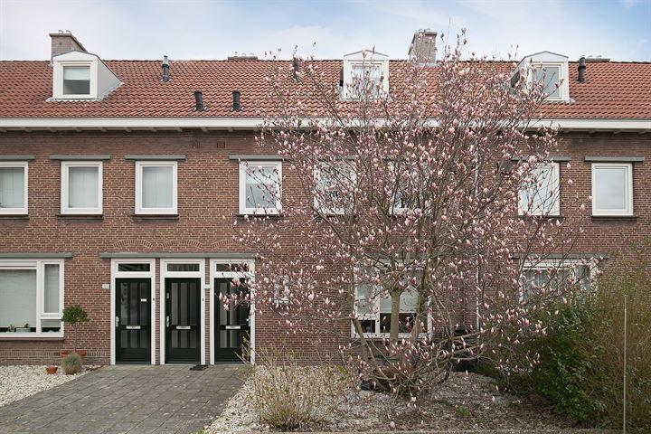 Petrus Dondersstraat 193