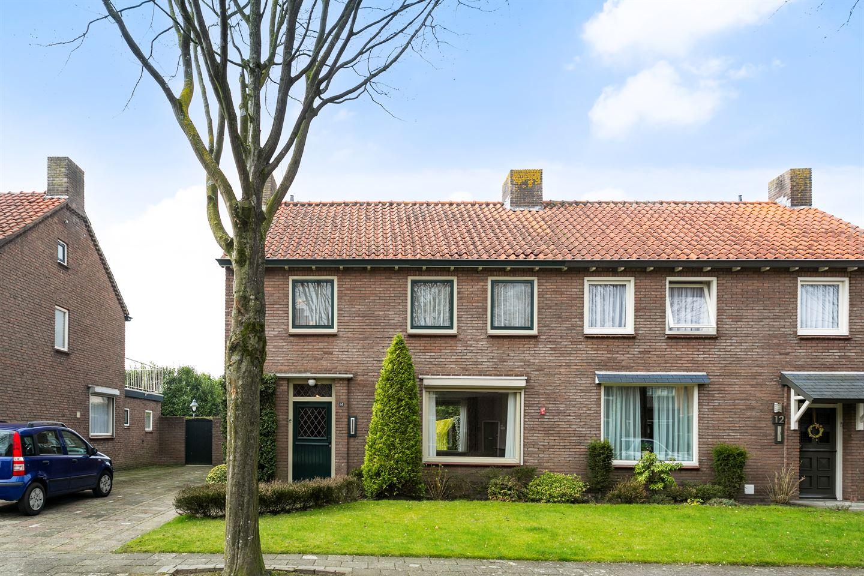Bekijk foto 2 van Christiaan van der Aalaan 14