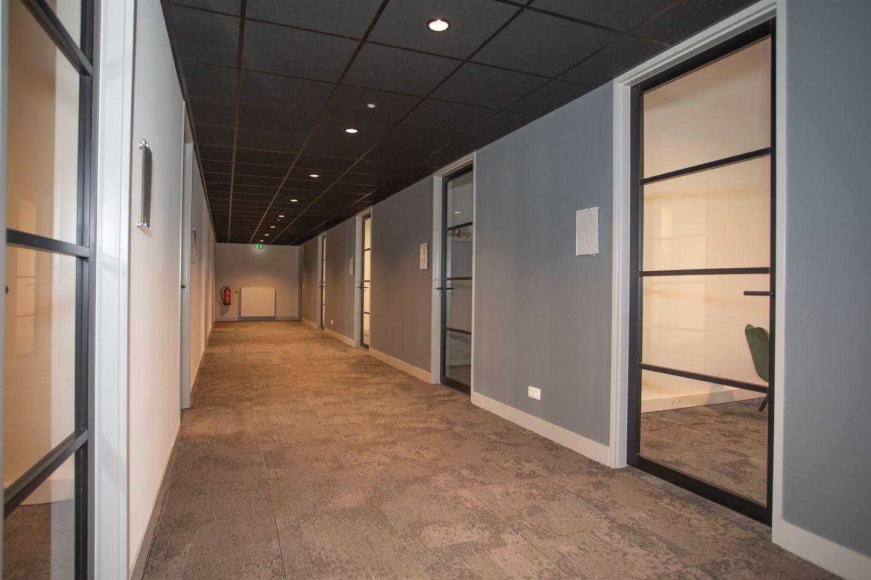 View photo 4 of Sesastraat 105
