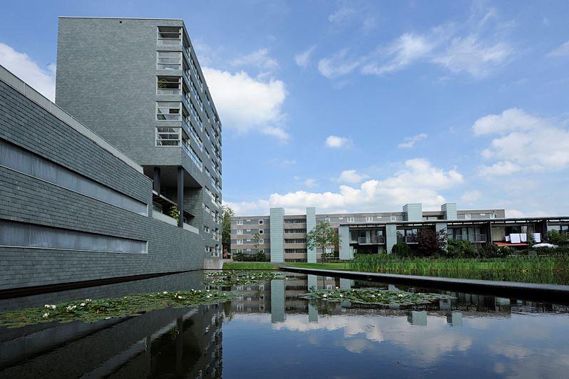 Bekijk foto 2 van G.A. van Nispenstraat 63