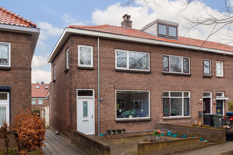 View photo 1 of Sleedoornstraat 7