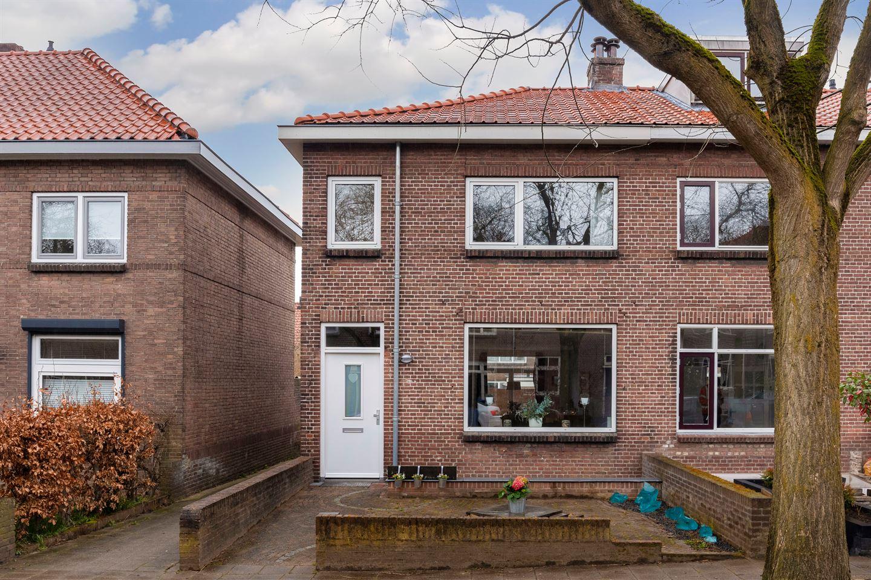 View photo 2 of Sleedoornstraat 7