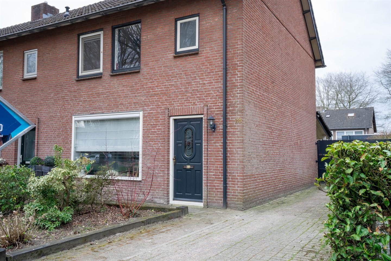 Bekijk foto 2 van Wilgenroosstraat 18