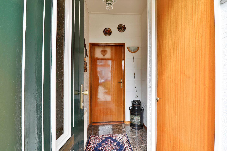 Bekijk foto 3 van van Echtenstraat 77
