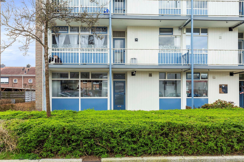 Bekijk foto 2 van Schubertplein 44