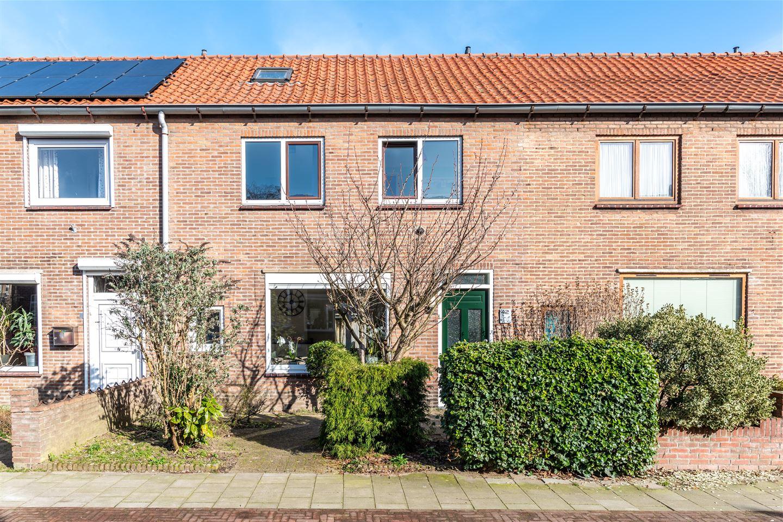 View photo 1 of Korhoenstraat 42