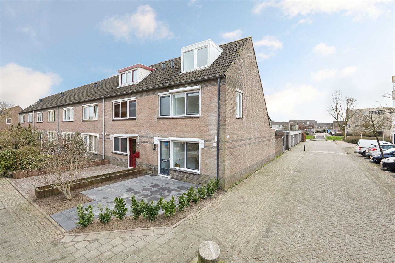 Bekijk foto 1 van Winand Staringstraat 47