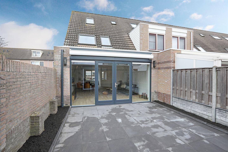 Bekijk foto 2 van Winand Staringstraat 47